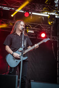 08_Clawfinger_08