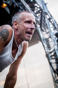 08_Clawfinger_09