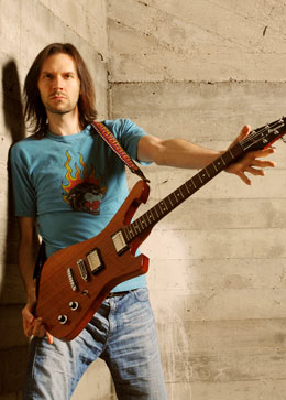 Tour Bass Paul Gilbert